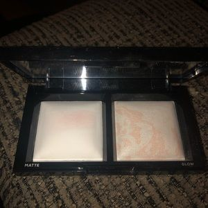 Bare minerals highlighting palette